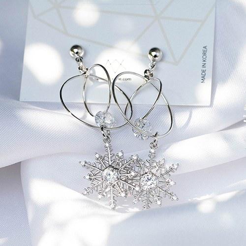 1049069 - <ER2141_IG06> [clip type] crystal snow earrings
