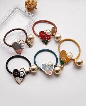 1049108 - <HA739_FA06> unique heart pearl ponytail