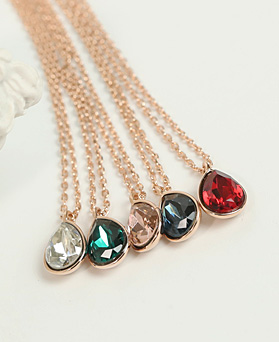 1049196 - <NE577_BA13> [Swarovski] simple Swarovski necklace