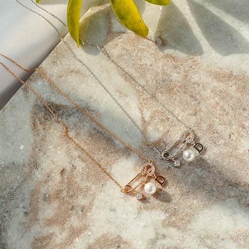 1049387 - <NE585_IF14> [Silver chain] uni clip type pearl necklace