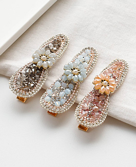 1049408 - <HA759_EA08> beads Flower hairpin