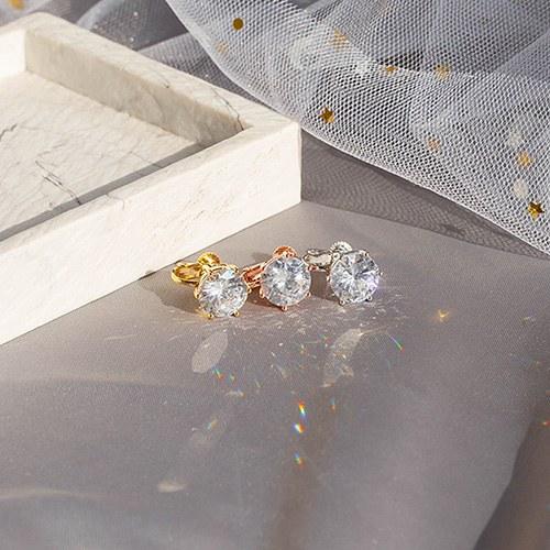 1049480 - <ER2209_GI03> big round crystal clip earring