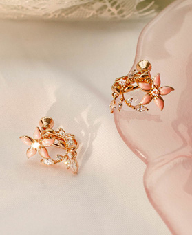 1049541 - <ER2223_GI08> Stem Flower clip earring
