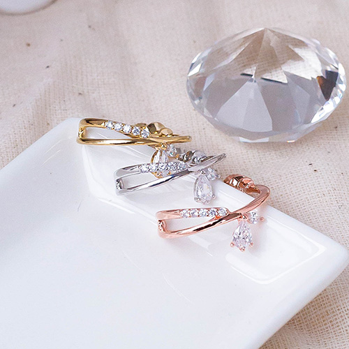 1049544 - Sprout ring clip earring