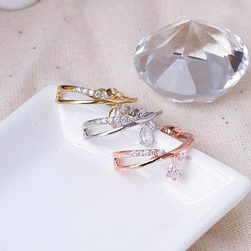 1049544 - <ER2225_GI10> Spout ring clip earring