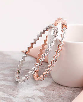1049556 - <BC808_HE11> [Stainless Steel] Zigzag cubic bracelet