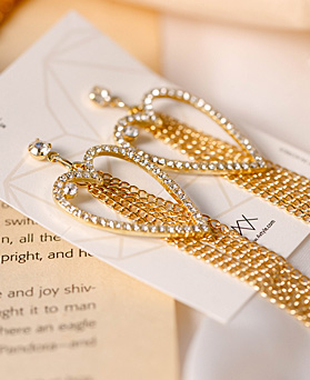 1049559 - <ER2228_IH13> Noah heart chain drop earrings
