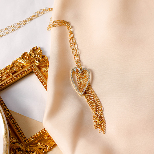 1049560 - Noah heart chain necklace