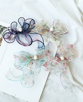 1049678 - pearl Flower stitch ribbon hairpin