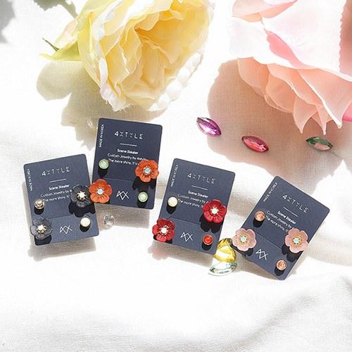 1049826 - <ER2245_GL09> [Swarovski] [4Piece 1set] Flower Tani earrings