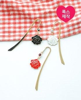 1050047 - <AP1021> [handmade] May rose bookmark
