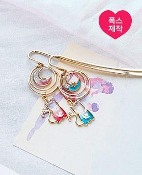 1050057 - <AP1011> [handmade] long tail moon cat bookmark